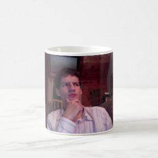 アレックスプラット: 多くの思考の人 コーヒーマグカップ
