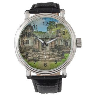 アンコール・ワットの寺院のカンボジアユネスコ 腕時計