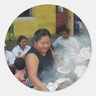 アンチグアの昼食 ラウンドシール