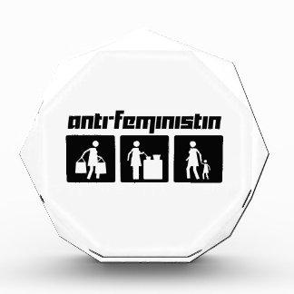アンチFeministin 2 表彰盾