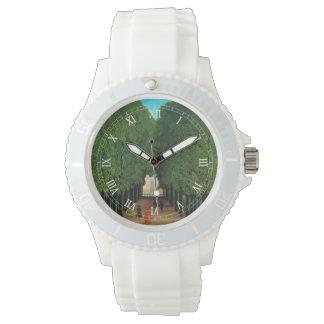 アンリ・ルソーの聖者の雲の公園の道 腕時計