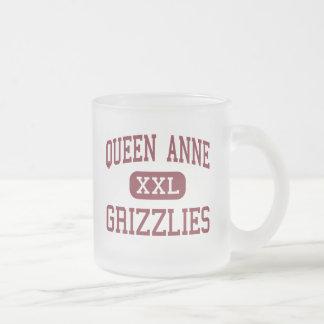 アン-ハイイログマ女王-高シアトルワシントン州 フロストグラスマグカップ
