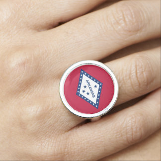 アーカンソーの旗が付いている愛国心が強く、特別なリングや輪 指輪