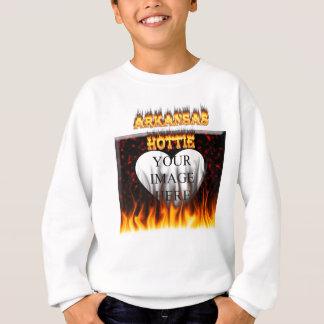 アーカンソーのhottieの火および炎 スウェットシャツ