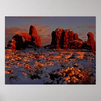 アーチの冬の日没ポスター ポスター