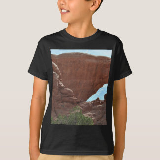 アーチの国立公園 Tシャツ