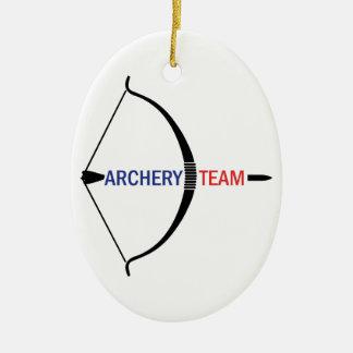アーチェリーのチーム 陶器製卵型オーナメント