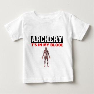 アーチェリーの血 ベビーTシャツ