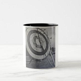 アーチェリー装置のマグ ツートーンマグカップ