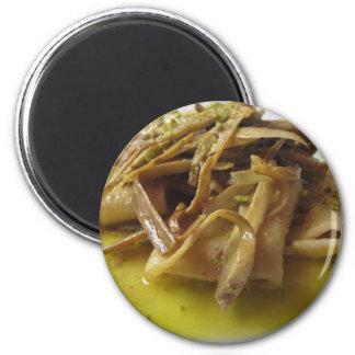 アーティチョークが付いているイタリア人のPaccheriの伝統的なパスタ マグネット