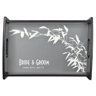 アートな東洋の禅のタケ低木の灰色白の結婚式 トレー