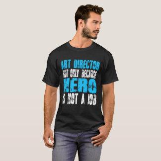 アートディレクターの英雄 Tシャツ