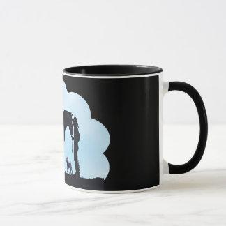 アーフェンピンシャーの西部のシルエット マグカップ