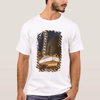 アーリーンSchnitzerの講堂の玄関ひさし Tシャツ