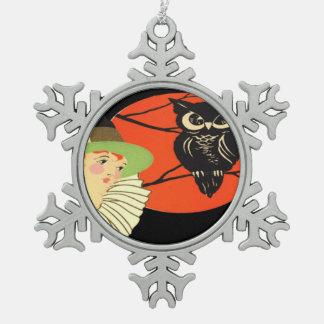 アールデコの魔法使いのフクロウの満月 スノーフレークピューターオーナメント