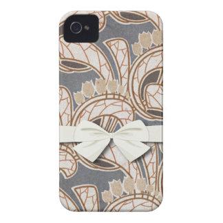 アールヌーボーの花および群葉のデザイン Case-Mate iPhone 4 ケース