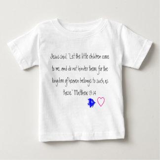 イエス・キリストは幼い子供の幼児のTシャツを愛します ベビーTシャツ