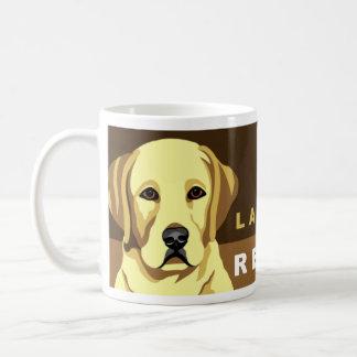 イエロー・ラブラドール・レトリーバーのマグ コーヒーマグカップ