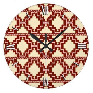 イカットのアステカなパターン-ベージュ色、バーガンディおよびピンク ラージ壁時計