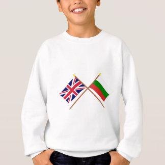 イギリスおよびブルガリアによって交差させる旗 スウェットシャツ