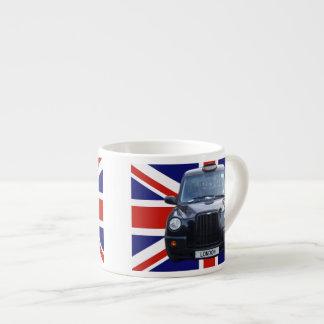 イギリスの黒いタクシー エスプレッソカップ