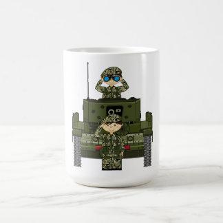 イギリス陸軍の兵士およびタンクコーヒー・マグ コーヒーマグカップ