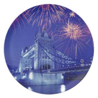 イギリス、ロンドン。 タワー上の花火 プレート