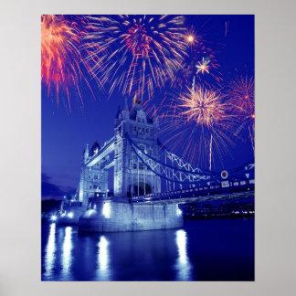 イギリス、ロンドン。 タワー上の花火 ポスター