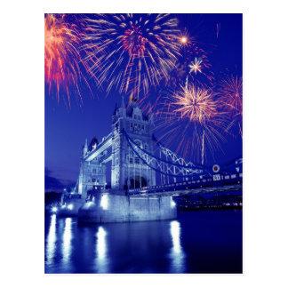 イギリス、ロンドン。 タワー上の花火 ポストカード
