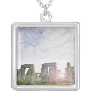 イギリス、Stonehenge 2 シルバープレートネックレス