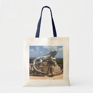 イグアナの彫刻Isla Mujeresのメキシコのトートバック トートバッグ
