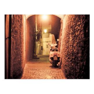 イタリアのスクーター ポストカード