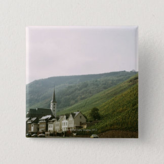 イタリアのMosellesの風変わりで古風な町 5.1cm 正方形バッジ