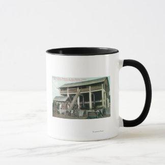 イタリアスイス人のコロニーのブランデーの蒸留酒製造所 マグカップ