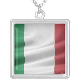 イタリアンな旗のネックレス シルバープレートネックレス