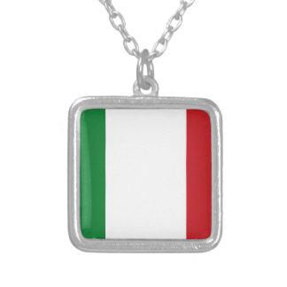 イタリアンな旗 シルバープレートネックレス