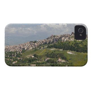 イタリア、シシリー、エンナ、Calascibetta、朝の眺め Case-Mate iPhone 4 ケース