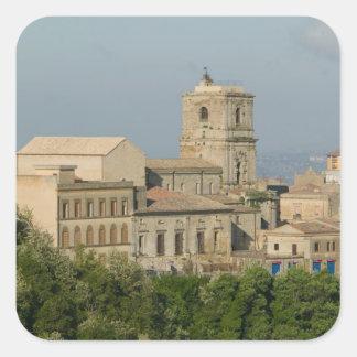 イタリア、シシリー、エンナ、Roccaのディディミアム2からの町の眺め スクエアシール
