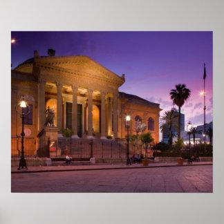 イタリア、シシリー、パレルモのTeatroマッシモオペラ ポスター