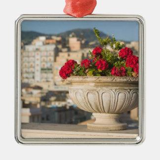 イタリア、シシリー、終点Imerese、眺め及び花 メタルオーナメント
