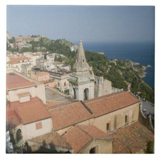 イタリア、シシリー、TAORMINA: 広場IXの方に見て下さい タイル