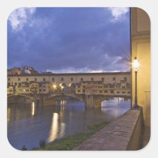 イタリア、タスカニー、フィレンツェ。 Ponte Vecchio スクエアシール