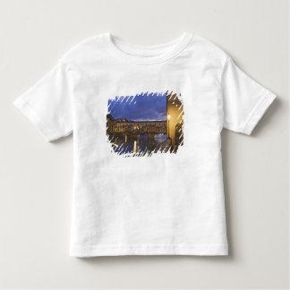 イタリア、タスカニー、フィレンツェ。 Ponte Vecchio トドラーTシャツ