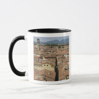 イタリア、タスカニー、ルッカ、町の眺め マグカップ