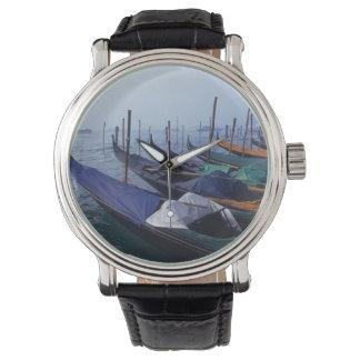 イタリア、ベニス。 ゴンドラ 腕時計