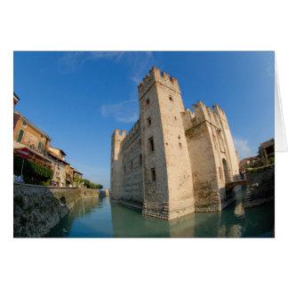 イタリア、Sirmioneの湖Garda、Scaliger カード