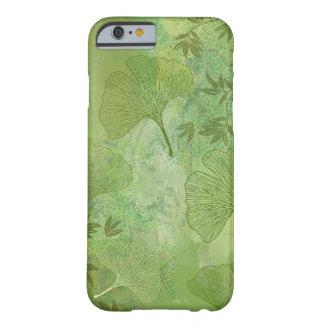 イチョウは群葉に全面的なパターンを緑色去ります BARELY THERE iPhone 6 ケース