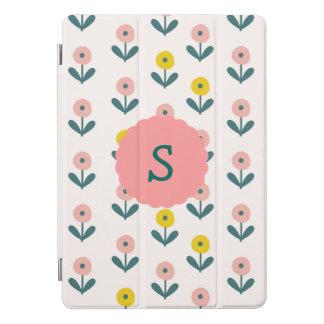 イニシャルが付いているかわいらしい春の花 iPad PROカバー