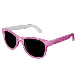 イニシャルが付いている縞を放射する明るいピンク サングラス