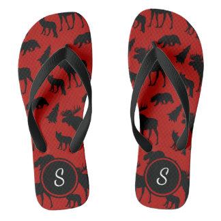 イニシャルが付いている赤くおよび黒い森林パターン ビーチサンダル